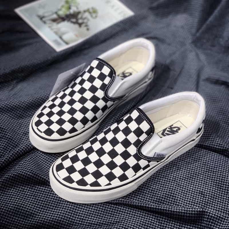 giày vans caro đen trắng