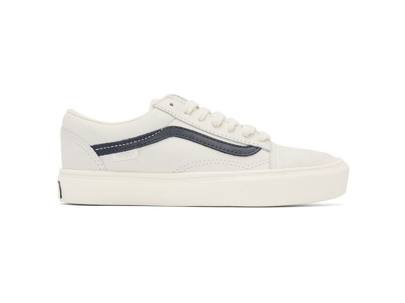giày vans trắng sọc đen