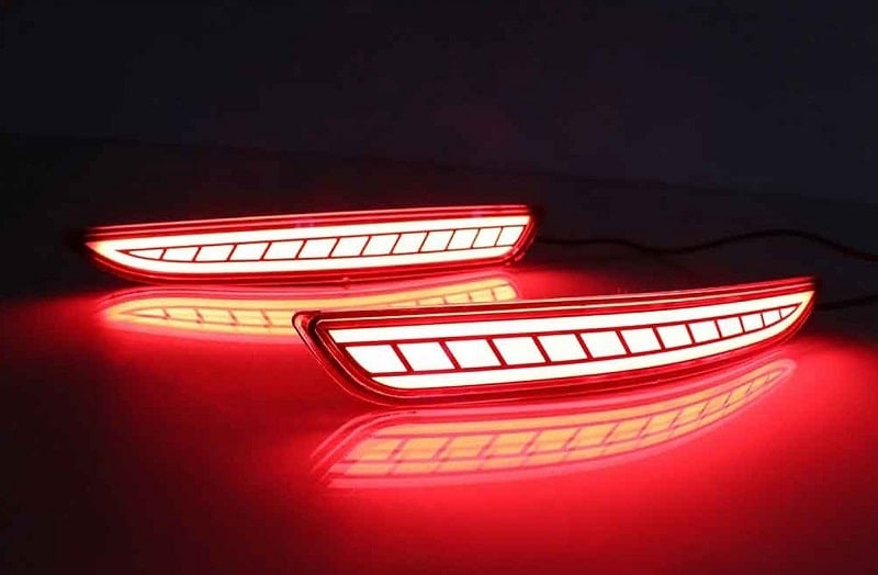 Độ đèn LED cốp, LED gầm cũng đang rất được ưa chuộng trên Mazda